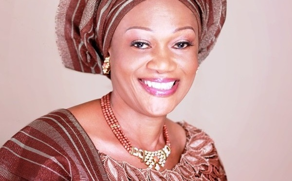 Lazy Nigerian Youths comes to my house to seek free money -Asiwaju Bola Tinubu's wife