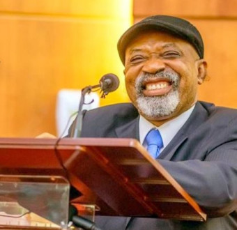 Chris Ngige shade PHCN, says they can't suffer Nigeria.